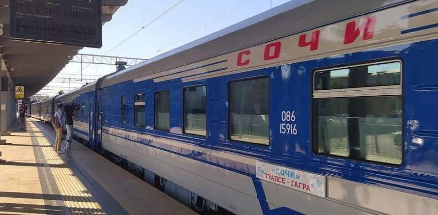 """ტურისტული მატარებელი """"სოჭი"""" რუსეთიდან აფხაზეთში მიმოსვლას აპრილიდან განაახლებს"""