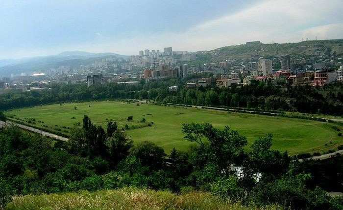 When will arrangement of Tbilisi Central Park be completed?