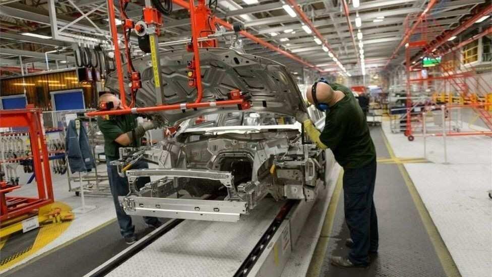 Jaguar Land Rover-ი კომპიუტერული ჩიპების დეფიციტის გამო წარმოებას აჩერებს