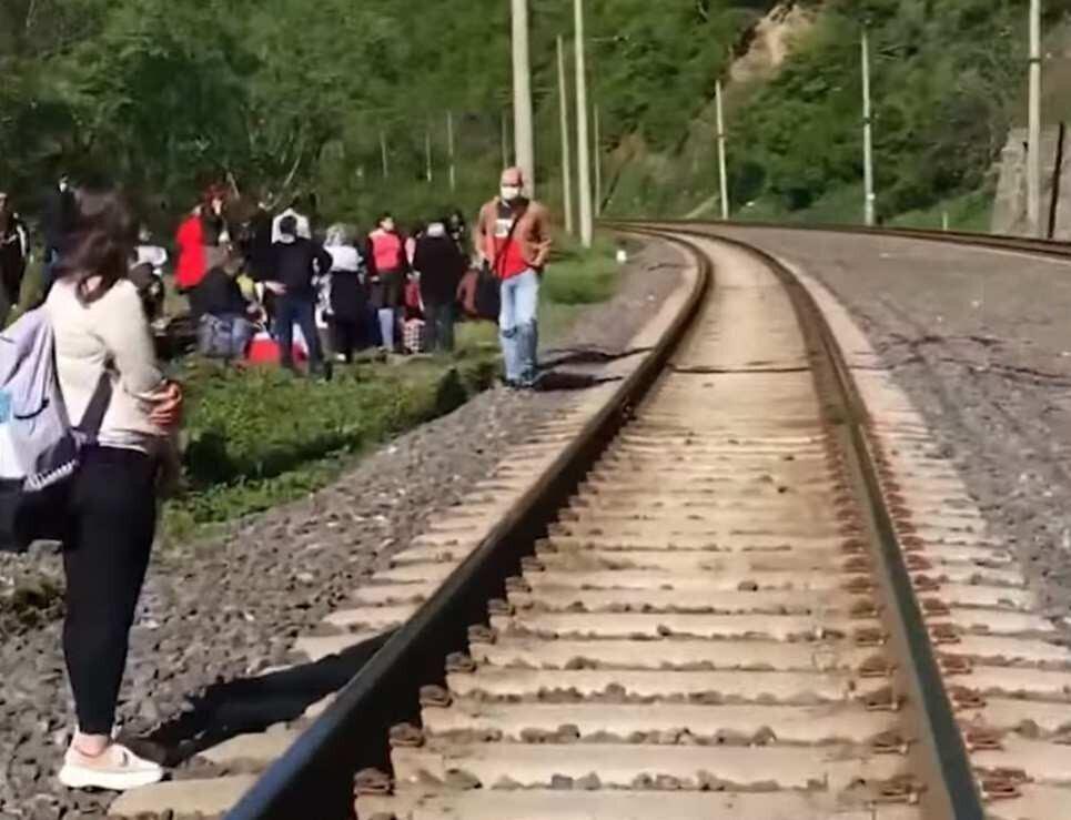 საქართველოს რკინიგზა თბილისი-ზუგდიდის მატარებლის ლიანდაგებიდან გადავარდნის შესახებ განცხადებას ავრცელებს