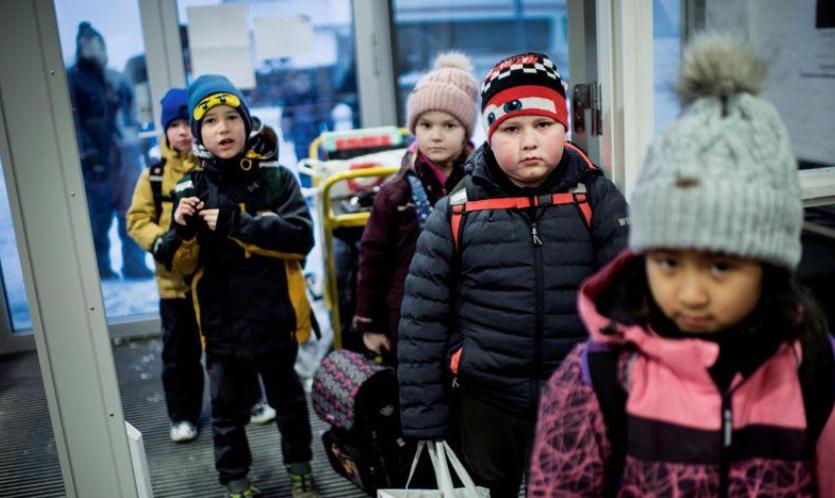დანიაში სკოლები და დახურული ტიპის შენობები იხსნება