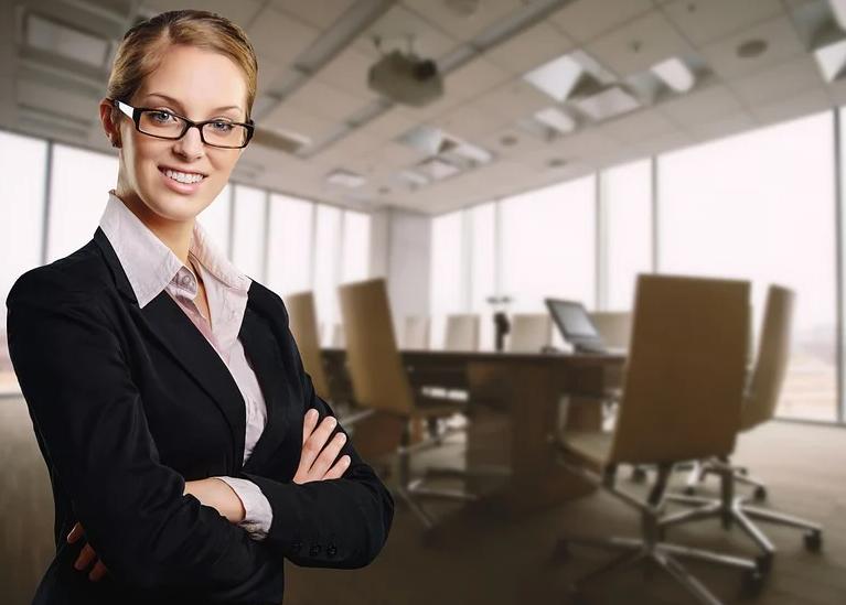 ქალების როლი ადამიანური რესურსების (HR) მენეჯმენტში