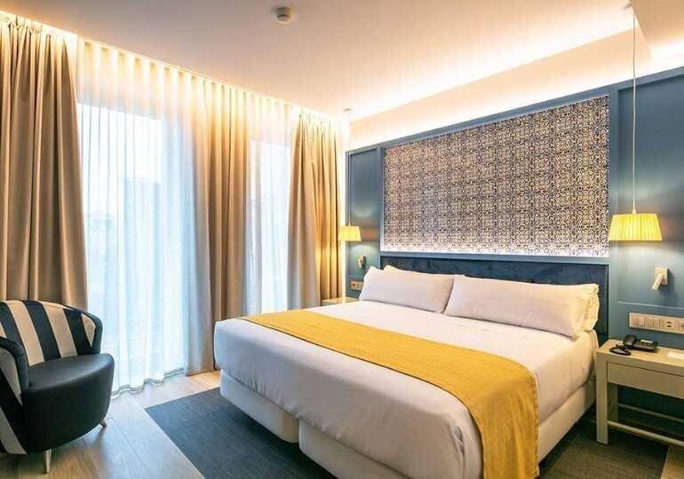 რა ღირს 3-, 4-, 5-ვარსკვლავიანი სასტუმროების ნომრები საქართველოში? - აპრილის მონაცემები