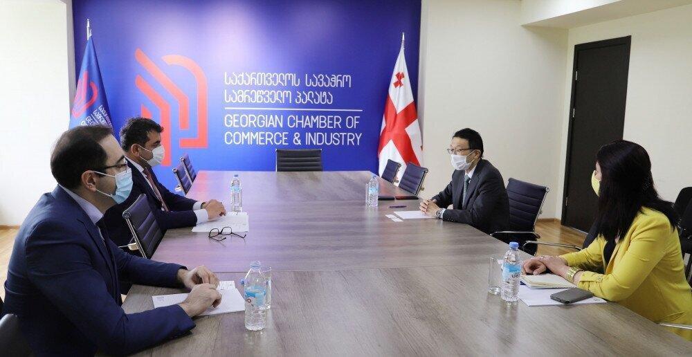 სავაჭრო პალატის პრეზიდენტმა იაპონიის ელჩთან ქვეყნებს შორის სავაჭრო–ეკონომიკურ კავშირებზე იმსჯელა
