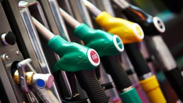 Why Are Not Fuel Prices Contracted In The Retail Chain?