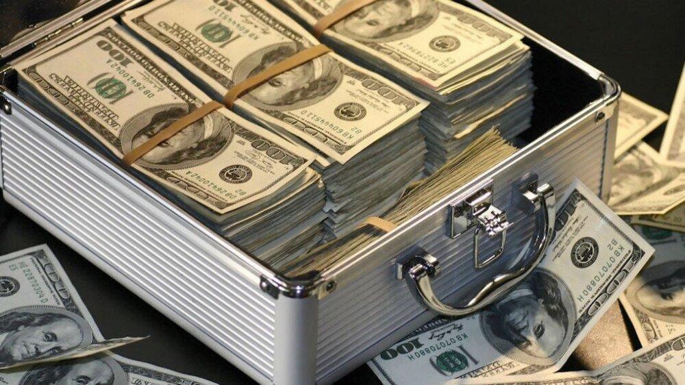 რომელ ქვეყანაში ინახავენ მდიდრები ფულს ყველაზე ხშირად?