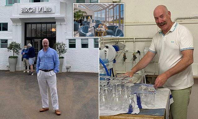 British Millionaire, Hotel Owner Washing Pots Himself Due to Staff Shortages