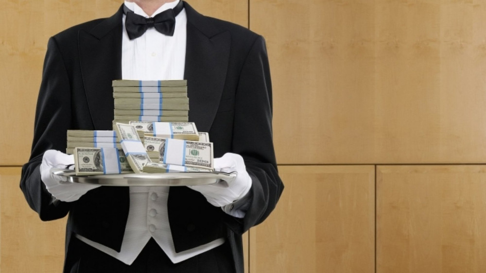 Russia's 500 Super Rich Wealthier Than Poorest 99.8%