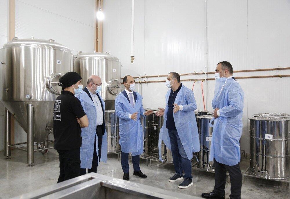 """ქართული ხილის ალკოჰოლური სასმელების მწარმოებელი """"ბენჟი"""" პროდუქციის ექსპორტს ისრაელშიც გეგმავს"""