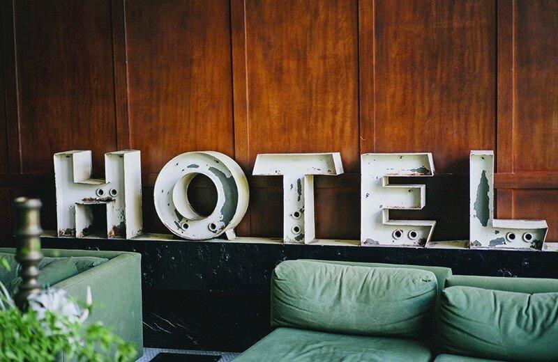 """""""მცირე და საშუალო სასტუმროების დიდი ნაწილი კვლავ არ ფუნქციონირებს"""" – TBC Capital"""