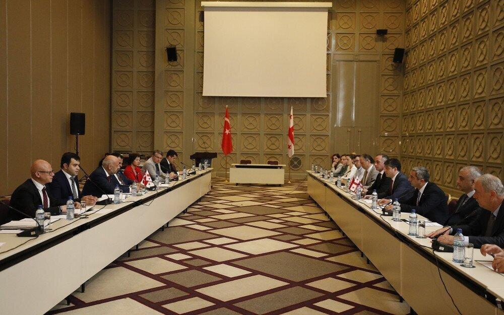 შემოსავლების სამსახურმა საქართველო-თურქეთის ერთობლივი კომიტეტის მე-3 შეხვედრას უმასპინძლა