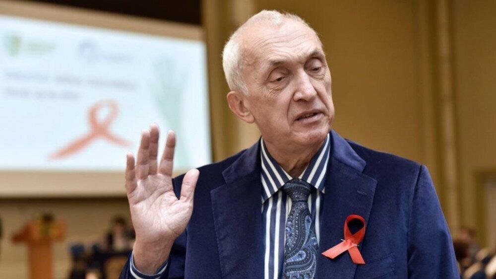 Tengiz Tsertsvadze Blames the Population for the Delay in Vaccination Process