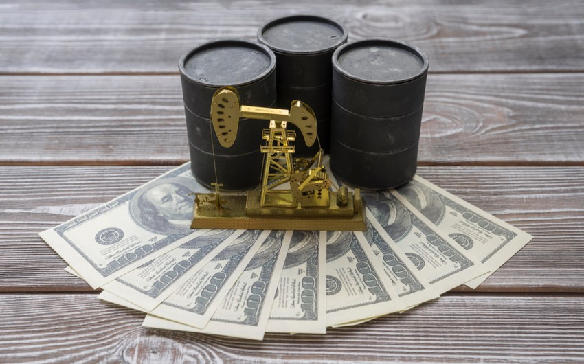 Azerbaijani Oil Price Up by Almost 4%