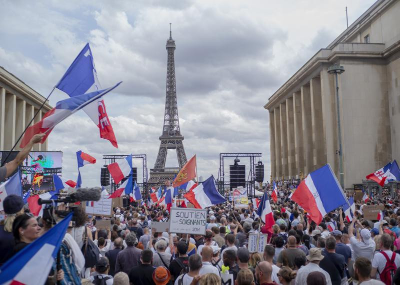 France: Macron Calls for Unity After Anti-Vaccine Protests