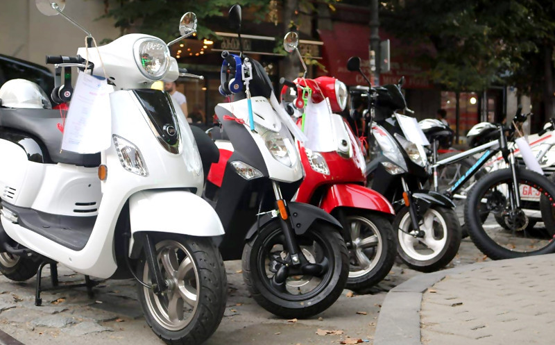 Demand For Mopeds Might Be Down - Moped.ge