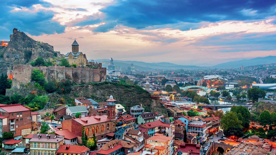 საქართველოში ტურისტებზე ბინების გაქირავებამ 2019 წლის მონაცემებს გადაუსწრო -  wehost.ge