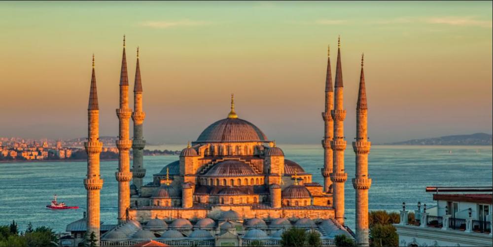 თურქეთმა ტურიზმიდან II კვარტალში $3 მლრდ-ის ოდენობის შემოსავალი მიიღო