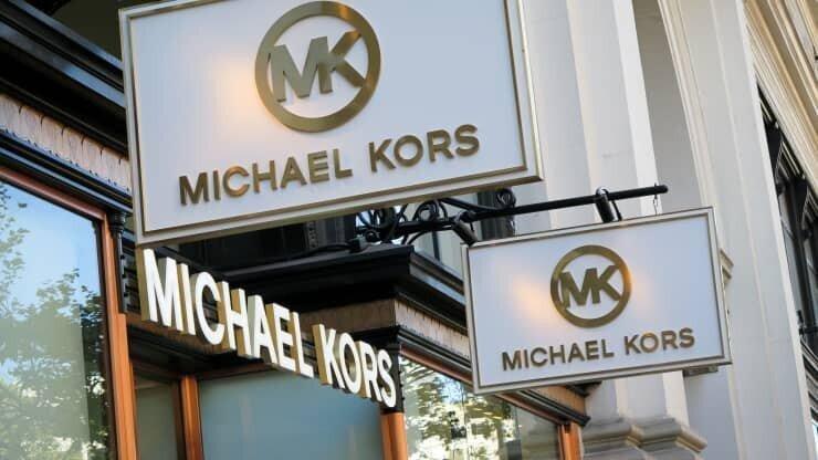 Michael Kors-ის და Versace-ს მფლობელ კომპანიას შემოსავლები გაეზარდა