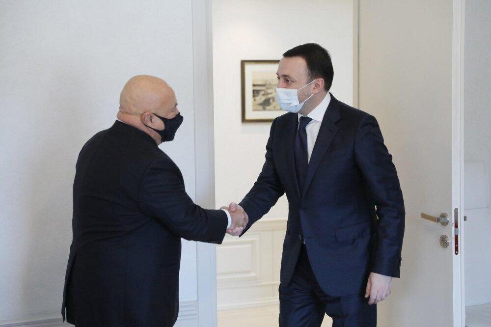 საქართველოს პრემიერ-მინისტრი ირაკლი ღარიბაშვილი TAV-ის პრეზიდენტ სანი შენერს შეხვდა.
