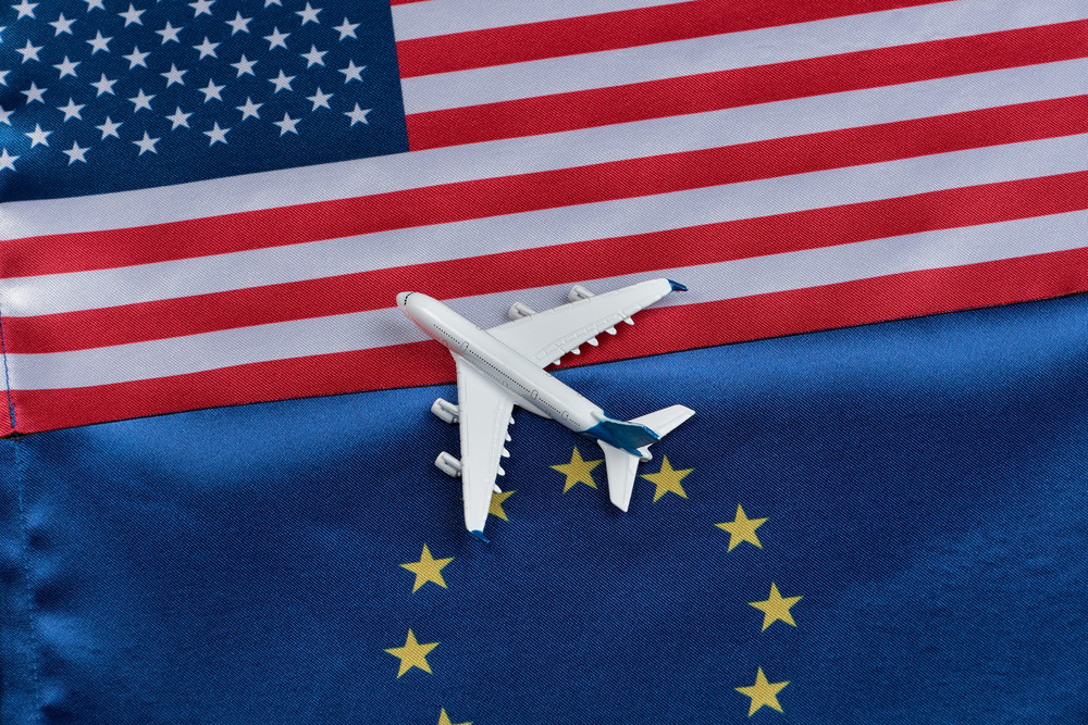 EU-US Flight Bookings Increase by 40% after US' Announcement to Remove Travel Ban