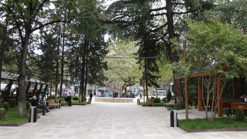 ბუკიას ბაღის რეაბილიტაცია დასრულდა - ბიუჯეტიდან 919 053 ლარი დაიხარჯა