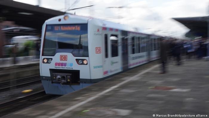 ჰამბურგის მოსახლეობას სრულად ავტომატიზებული ტრამვაი მოემსახურება