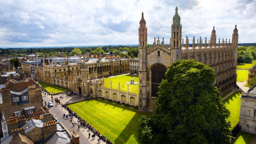 Tuition Fees Significantly Up at UK Universities, International Students also on Rise